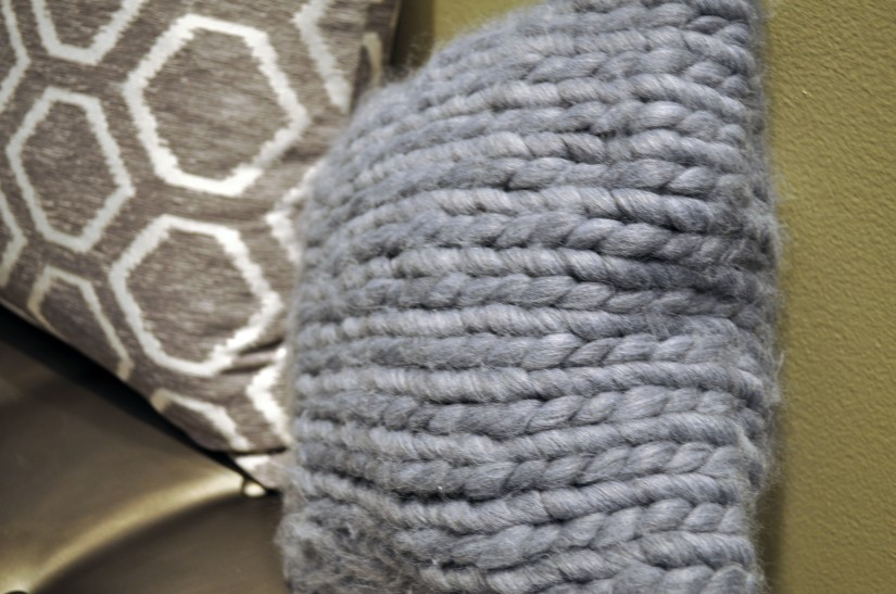 scarf-pillow2