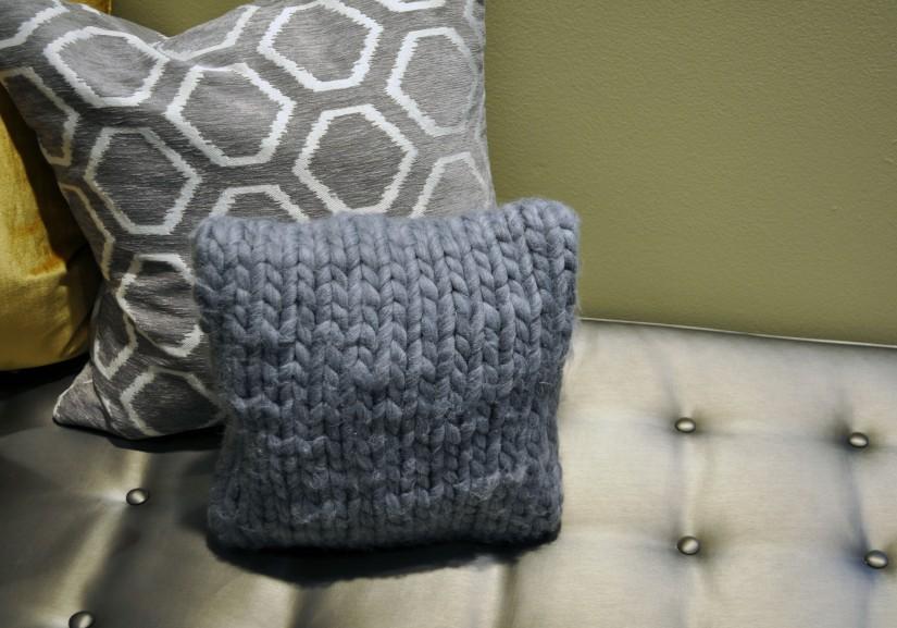 scarf-pillow3
